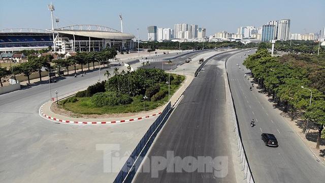 Bay trên đường đua F1 đang thành hình ở Hà Nội - Ảnh 8.