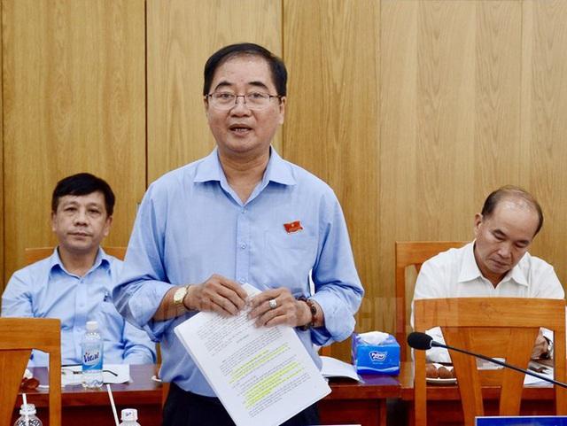 Miễn nhiệm 2 Trưởng ban của Hội đồng Nhân dân TPHCM - Ảnh 1.