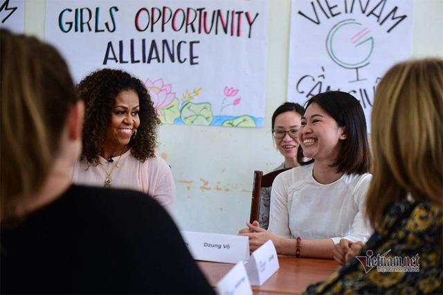 Vợ chồng cựu Tổng thống Mỹ Obama tới Việt Nam - Ảnh 1.