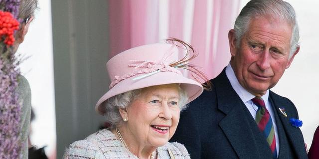 Hoàng gia Anh lần đầu lên tiếng phản hồi trước thông tin Nữ hoàng Anh nghỉ hưu, nhường ngôi cho con trai ở tuổi 95 - Ảnh 1.