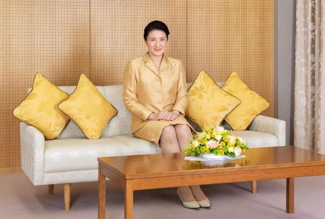 Hoàng hậu Masako khoe vẻ đẹp rạng rỡ cùng khí chất hơn người trong bộ ảnh mới nhân dịp sinh nhật cùng lời gửi gắm chân thành - Ảnh 2.