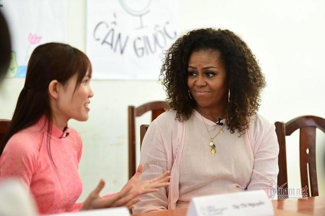 Vợ chồng cựu Tổng thống Mỹ Obama tới Việt Nam - Ảnh 3.