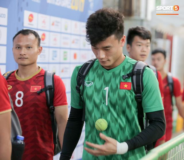 Người không phổi của U22 Việt Nam ngại ngần che giấu vết thương trước ngày đá chung kết SEA Games ở tuổi 30 - Ảnh 9.