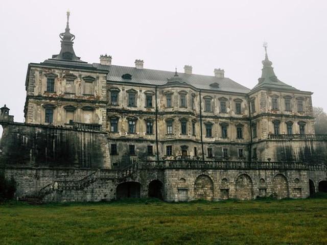 10 biệt thự bị bỏ hoang từng được coi là đỉnh cao xa xỉ - Ảnh 6.