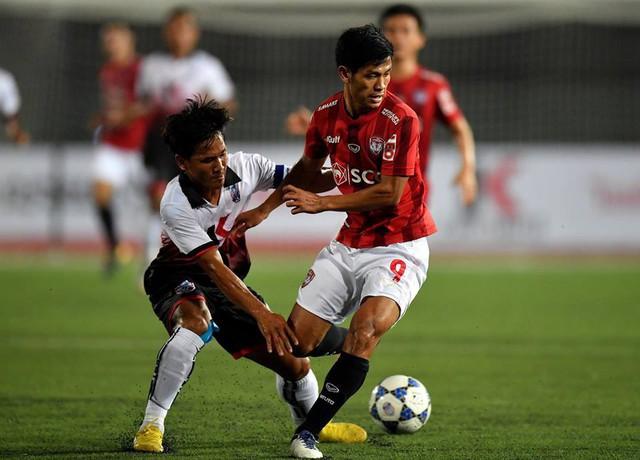 Văn Lâm ngồi dự bị, đội bóng Thái Lan của Lâm Tây bất ngờ bại trận trên đất Campuchia - Ảnh 1.