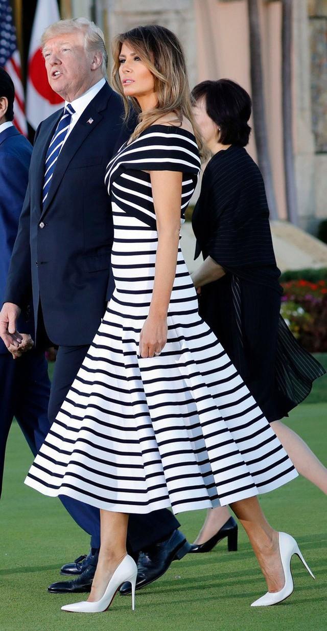 Điều ít biết Đệ nhất phu nhân Mỹ: Từng là người mẫu nóng bỏng, học vị cao, chưa bao giờ phụ thuộc chồng tỷ phú - Ảnh 12.