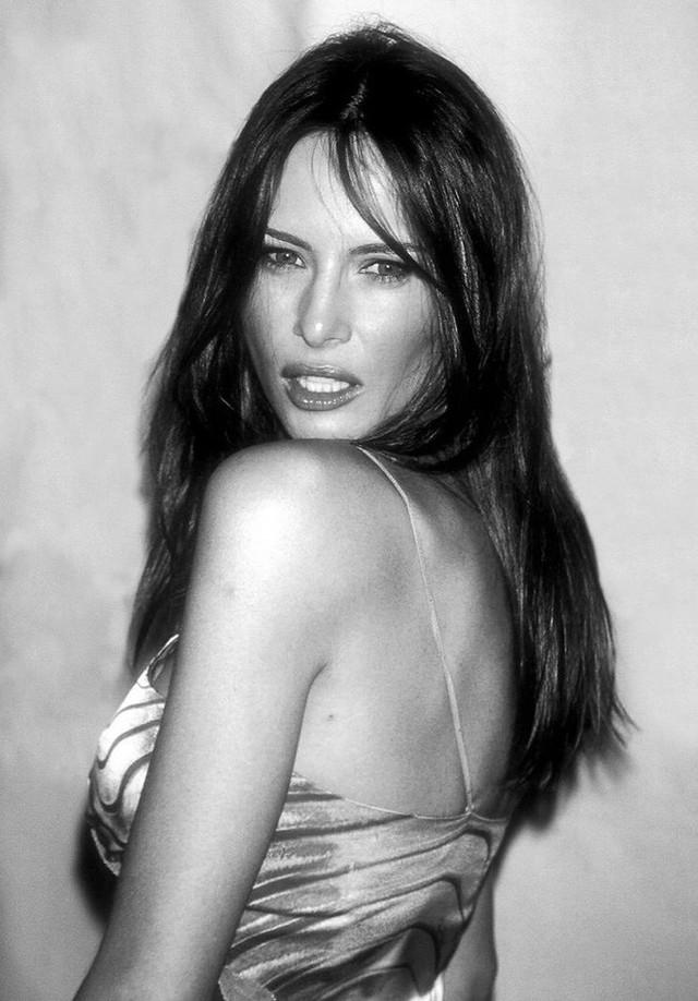 Điều ít biết Đệ nhất phu nhân Mỹ: Từng là người mẫu nóng bỏng, học vị cao, chưa bao giờ phụ thuộc chồng tỷ phú - Ảnh 3.
