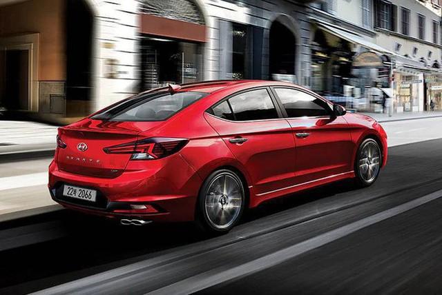 Hyundai Elantra 2019 sắp ra mắt Việt Nam, đấu Mazda3 nhưng Toyota Altis mới đáng lo - Ảnh 4.