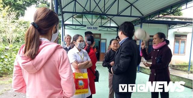 Y bác sĩ phản đối sáp nhập bệnh viện: Quảng Ngãi báo cáo Chính phủ - Ảnh 1.