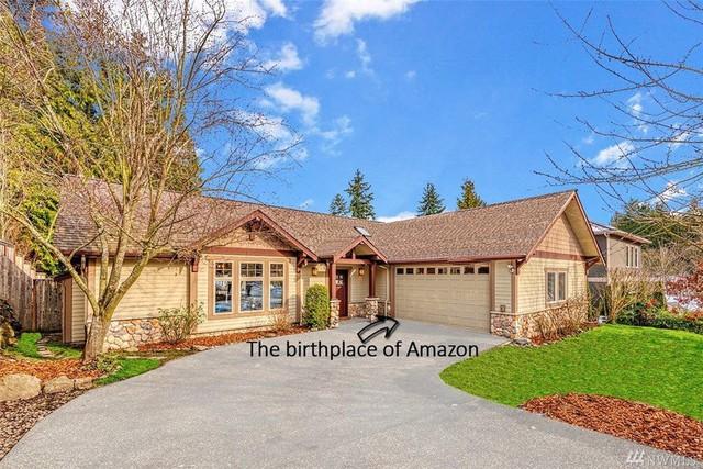 Bên trong căn nhà khiêm tốn Jeff Bezos đã thuê khi bắt đầu sự nghiệp với Amazon và hiện được rao bán với giá 1,5 triệu USD - Ảnh 2.