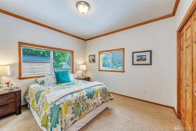 Bên trong căn nhà khiêm tốn Jeff Bezos đã thuê khi bắt đầu sự nghiệp với Amazon và hiện được rao bán với giá 1,5 triệu USD - Ảnh 6.