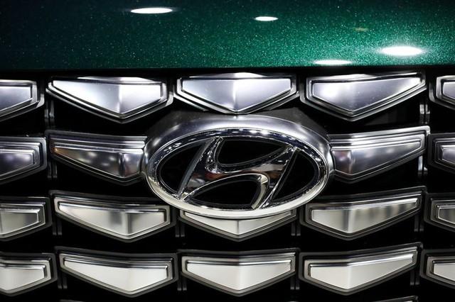 10 thương hiệu ôtô đắt giá nhất thế giới 2019 - Ảnh 8.
