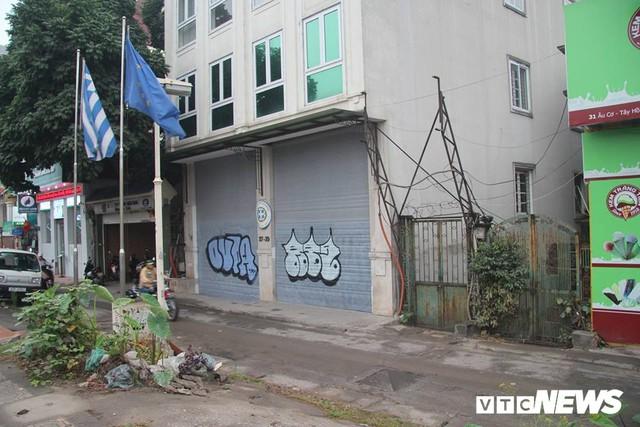 Truy tìm những kẻ vẽ bậy lên hàng loạt ngôi nhà trên phố Thủ đô - Ảnh 3.