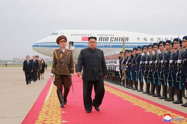 Ông Kim Jong-un sang Việt Nam sớm hơn và thăm Vịnh Hạ Long? - Ảnh 1.