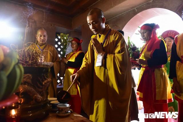Ảnh: Vạn người tham gia lễ rước nước tại chùa Tam Chúc lớn nhất thế giới - Ảnh 12.