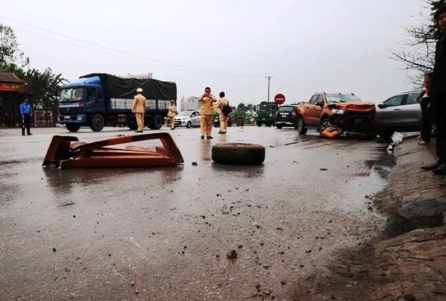 Xe container gây tai nạn liên hoàn nghiêm trọng, 8 người thương vong  - Ảnh 3.