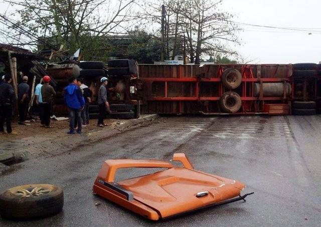 Xe container gây tai nạn liên hoàn nghiêm trọng, 8 người thương vong  - Ảnh 5.