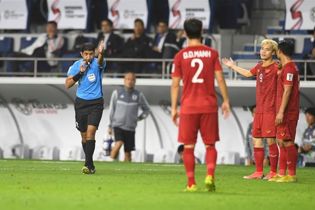 Thắng Việt Nam nhờ VAR, Nhật Bản chính thức hết hy vọng trước Qatar cũng vì VAR - Ảnh 1.