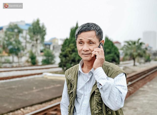 Chuyến tàu mùa xuân chở công nhân nghèo dọc đường đất nước về đến ga Hà Nội và những khoảnh khắc đoàn tụ đầy xúc động - Ảnh 5.