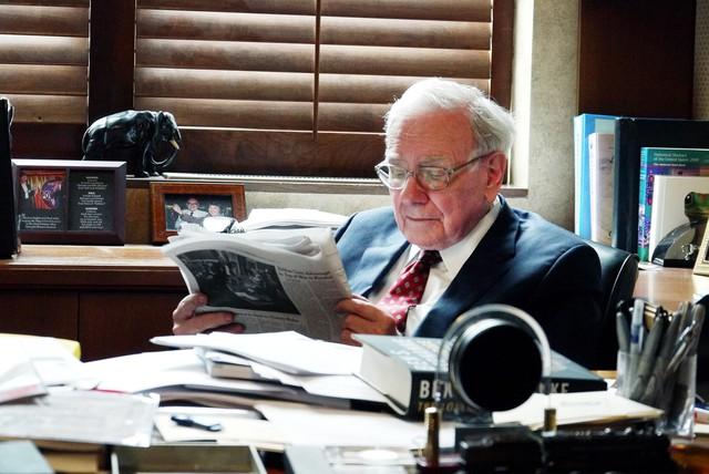 Làm theo lời khuyên của Bill Gates và Warren Buffett, từ bỏ thói quen xấu này để thành công hơn trong cuộc sống - Ảnh 1.