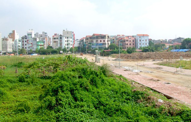 Bí thư thành ủy Hà Nội yêu cầu năm 2019 phải giải quyết triệt để các vụ việc khiếu kiện về đất đai - Ảnh 1.