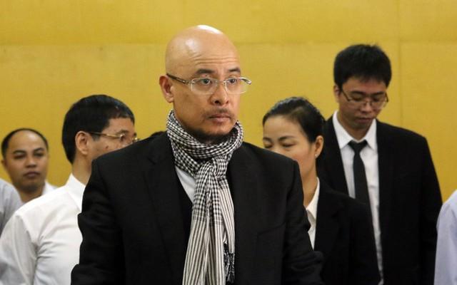 """Ông Đặng Lê Nguyên Vũ và bà Lê Hoàng Diệp Thảo """"đối mặt nhau"""" tại tòa - Ảnh 1."""
