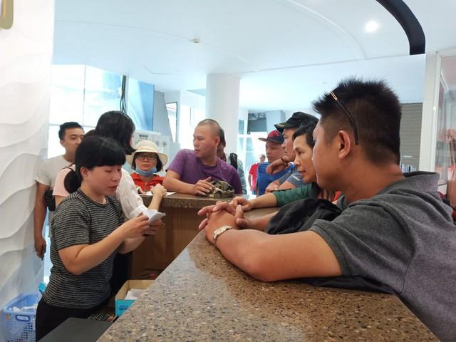 CLIP: Tàu cao tốc Côn Đảo chở hơn 500 khách gặp sự cố trên biển  - Ảnh 3.