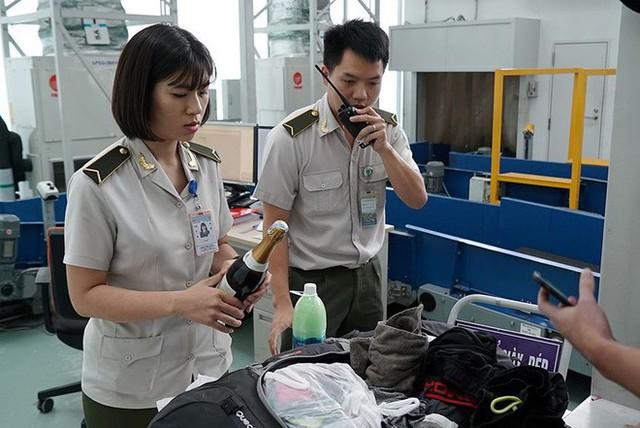 Bên trong khu an ninh sân bay Nội Bài trước thượng đỉnh Mỹ - Triều - Ảnh 8.