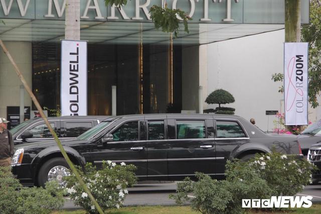 Dàn xe quái thú của Tổng thống Donald Trump đổ bộ khách sạn Marriott - Ảnh 11.