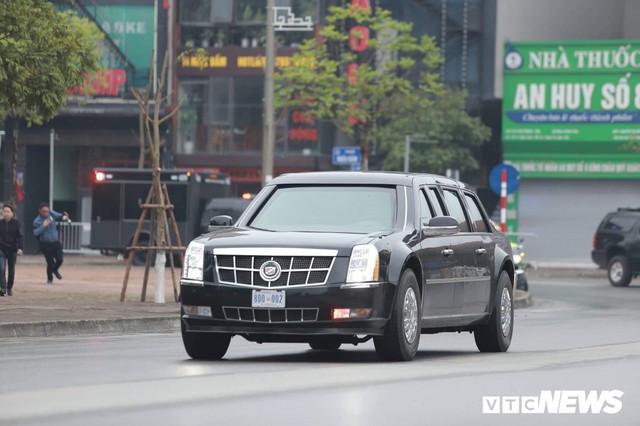 Dàn xe quái thú của Tổng thống Donald Trump đổ bộ khách sạn Marriott - Ảnh 3.