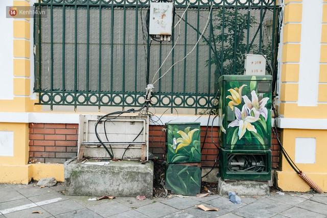 Chuyện buồn về những tủ điện sắc màu ở Hà Nội bị bôi bẩn: Chúng tôi mất 4 ngày tô vẽ, những người khác chỉ mất 3 giây để làm nó lem luốc - Ảnh 5.