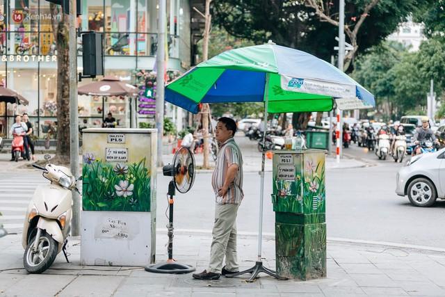 Chuyện buồn về những tủ điện sắc màu ở Hà Nội bị bôi bẩn: Chúng tôi mất 4 ngày tô vẽ, những người khác chỉ mất 3 giây để làm nó lem luốc - Ảnh 9.