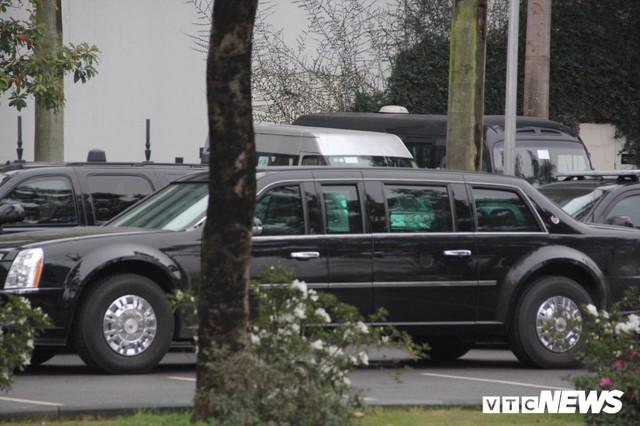 Dàn xe quái thú của Tổng thống Donald Trump đổ bộ khách sạn Marriott - Ảnh 9.