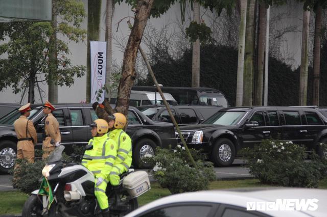 Dàn xe quái thú của Tổng thống Donald Trump đổ bộ khách sạn Marriott - Ảnh 10.