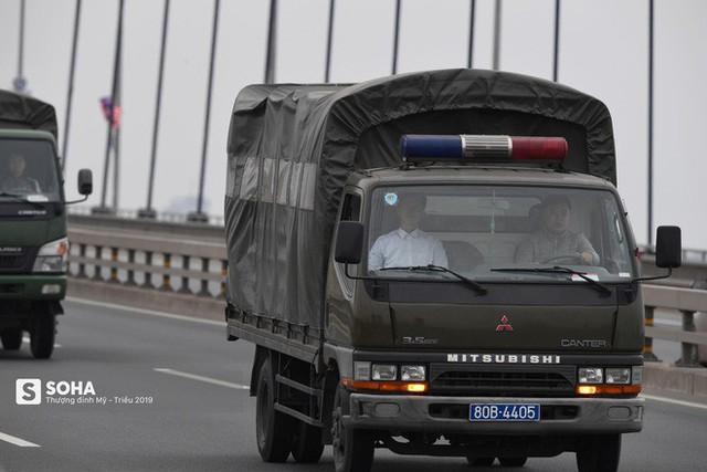 Nhân viên an ninh Triều Tiên tới một khách sạn lớn ở Hà Nội - Ảnh 12.