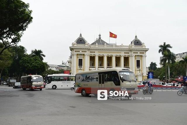 Nhân viên an ninh Triều Tiên tới một khách sạn lớn ở Hà Nội - Ảnh 8.