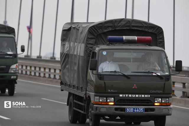 Nhân viên an ninh Triều Tiên tới một khách sạn lớn ở Hà Nội - Ảnh 13.