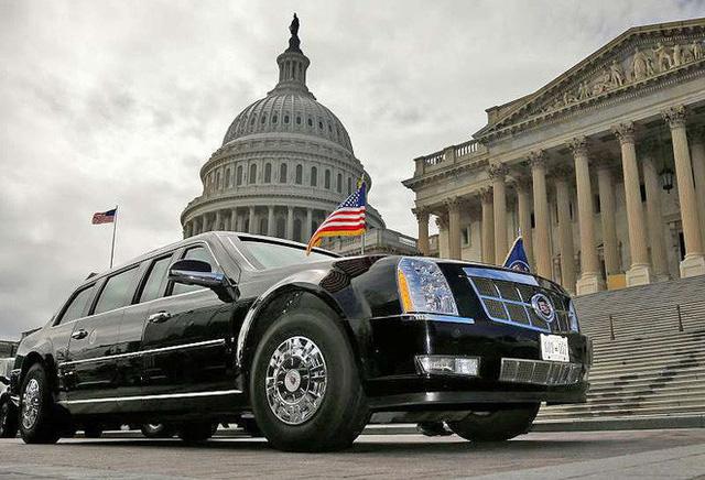 Choáng ngợp trước sự chặt chẽ và lợi hại khó tin của đoàn siêu xe hộ tống tổng thống Mỹ - Ảnh 4.