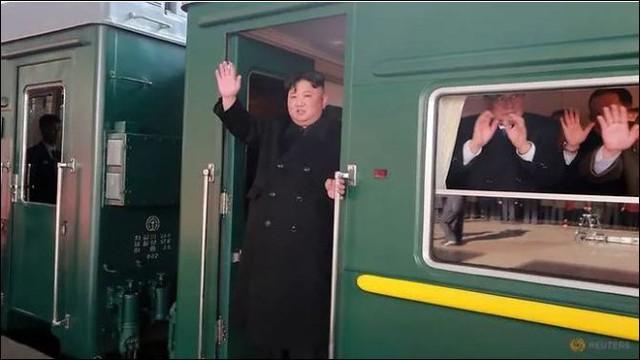 Tổng thống Donald Trump thông báo khởi hành sang Việt Nam - Ảnh 1.