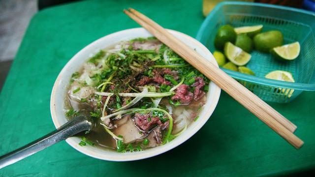 10 món ăn Việt Nam được truyền thông quốc tế ca ngợi - Ảnh 1.