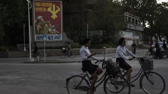 Chùm ảnh: Cuộc sống của thế hệ trẻ lớn lên ở Triều Tiên - Ảnh 16.