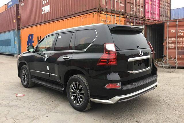 Lexus GX460 2019 về Việt Nam: Xe nhập tư nhanh chân trước hàng chính hãng, giá tăng cao đỉnh điểm - Ảnh 3.