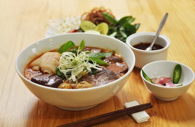 10 món ăn Việt Nam được truyền thông quốc tế ca ngợi - Ảnh 6.