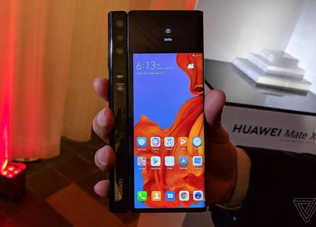 Huawei ra mắt smartphone màn hình gập 5G Mate X: mỏng hơn cả iPad Pro, sạc nhanh gấp 6 lần iPhone XS Max, giá 2.300 euro - Ảnh 7.