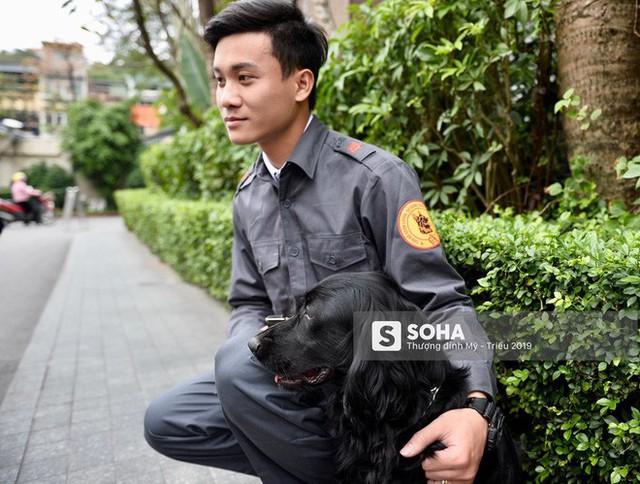 [Ảnh] 3 chú khuyển đặc biệt kiểm tra khách sạn Melia trước ngày Chủ tịch Kim Jong-Un đến Việt Nam - Ảnh 7.