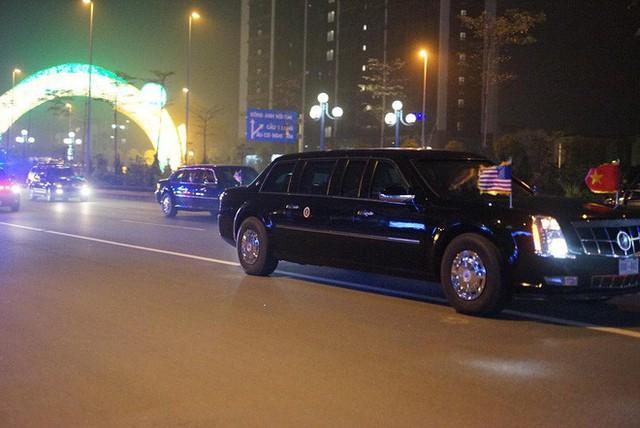 Đoàn siêu xe The Beast đưa Tổng thống Trump về khách sạn JW Marriott qua cửa bếp - Ảnh 6.