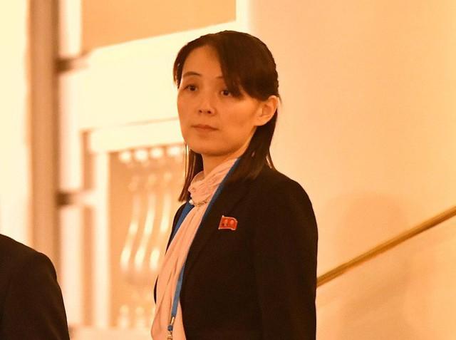 Nóng: Em gái ông Kim Jong-un cùng quan chức Triều Tiên bất ngờ xuất hiện tại khách sạn Metropole - Ảnh 5.