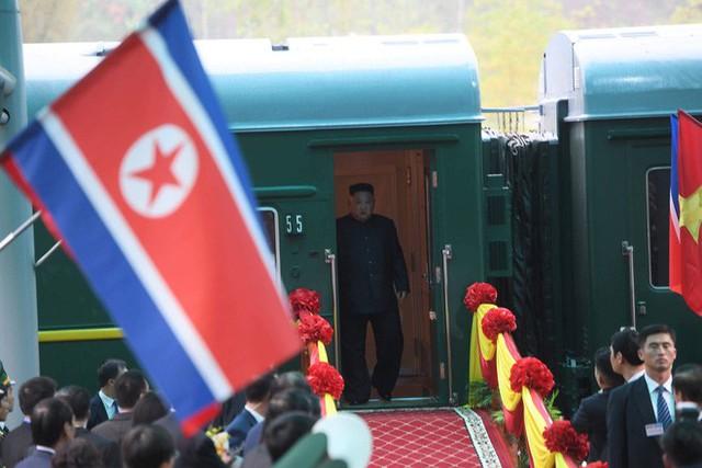 [ẢNH] Toàn cảnh buổi tiếp đón nhà lãnh đạo Triều Tiên Kim Jong Un tại ga Đồng Đăng - Ảnh 6.
