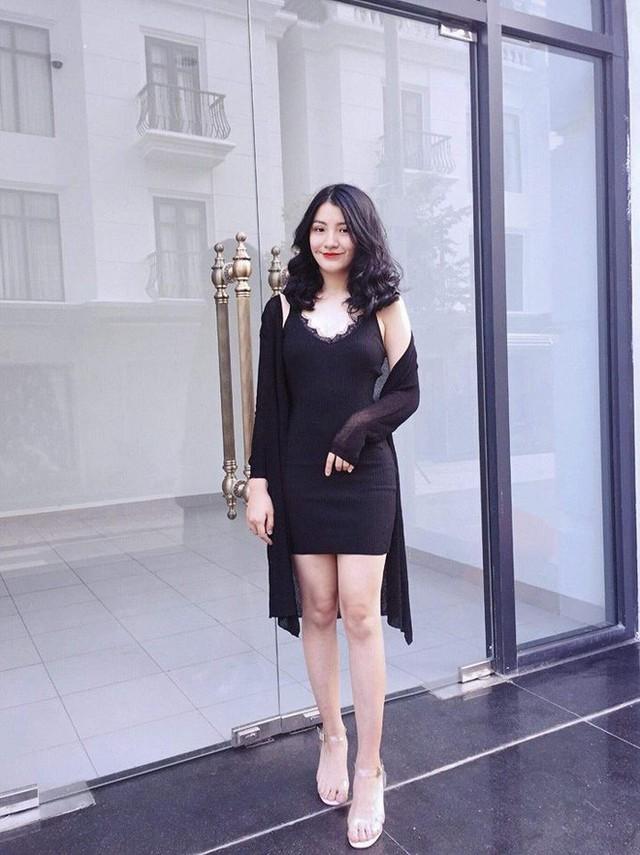 Nữ sinh mặc áo dài trắng tặng hoa cho chủ tịch Kim Jong-un đang gây sốt MXH là ai? - Ảnh 6.