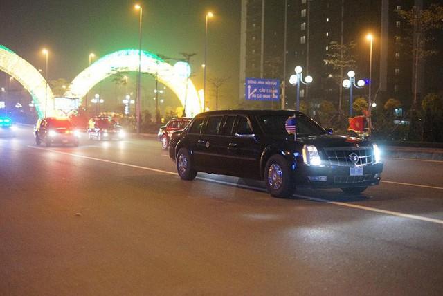 Đoàn siêu xe The Beast đưa Tổng thống Trump về khách sạn JW Marriott qua cửa bếp - Ảnh 9.